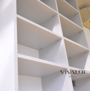 "Shelves ""Silver dent"" gray-colored"