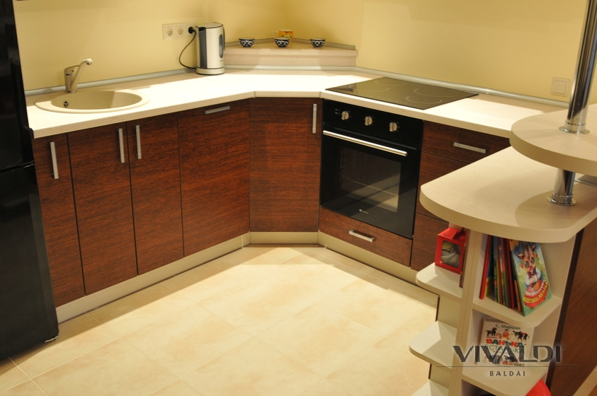 "Kitchen with practical winery ""Cedar"""